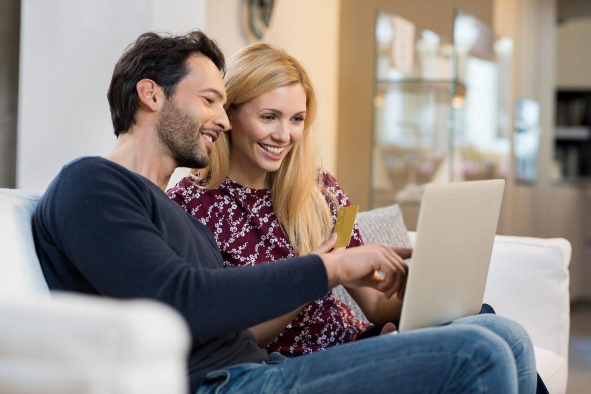 Relacje z klientem w e-commerce. Pobierz infografikę