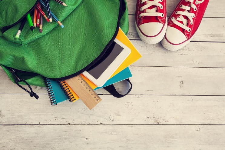 Przybory szkolne w e-commerce. Pobierz infografikę