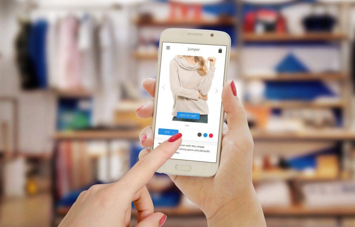 Jak kupujemy ubrania? Oczekiwania klientów w branży fashion
