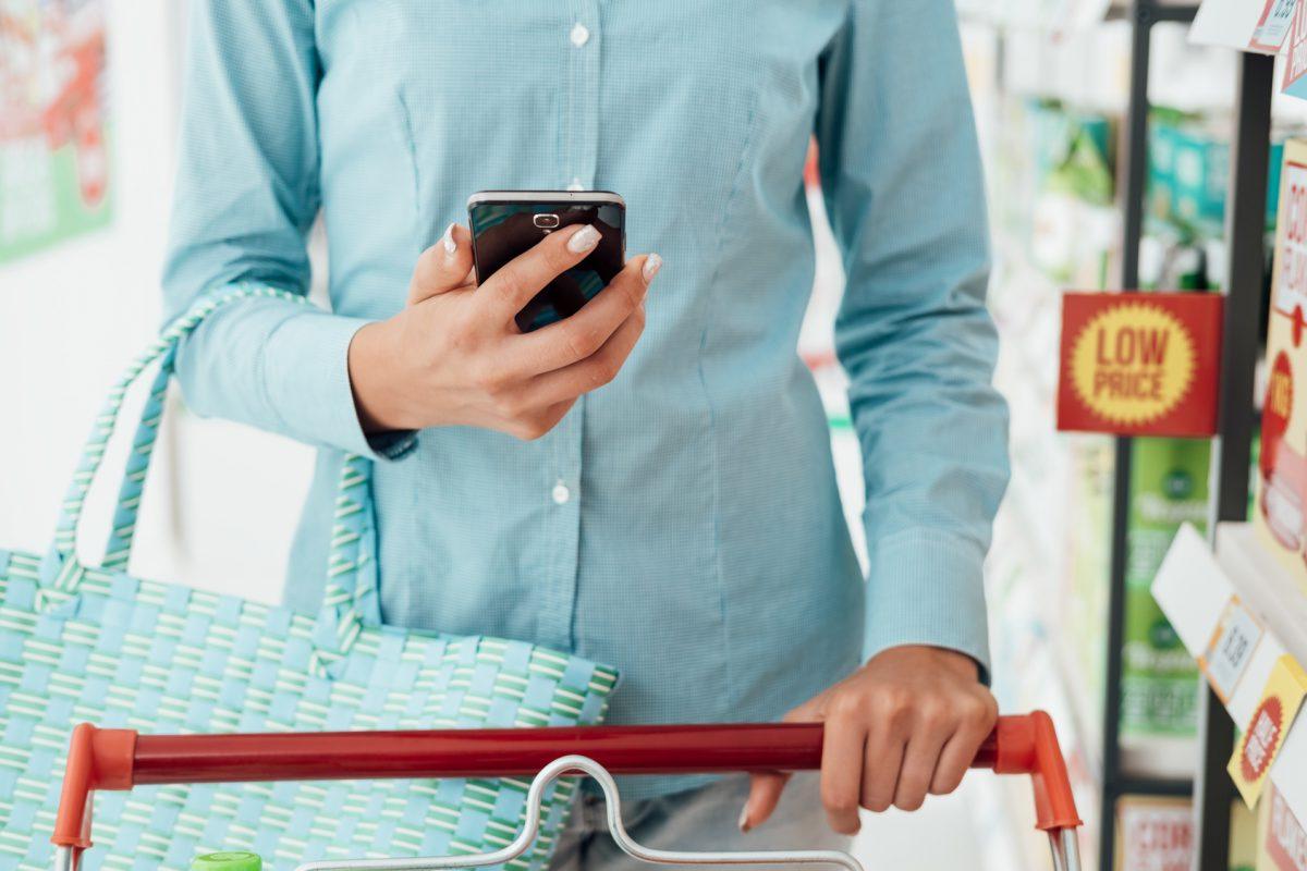 Jak pozytywne doświadczenia klienta w e-commerce zmieniły zakupy offline?