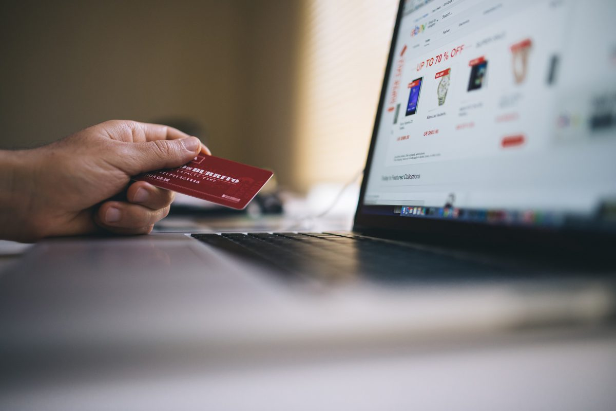 Płatności w e-commerce. Pobierz infografikę!