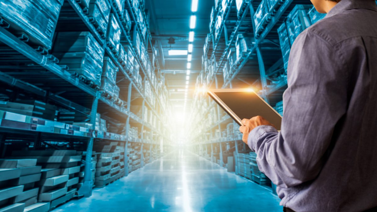 Zarządzanie zapasami we-commerce
